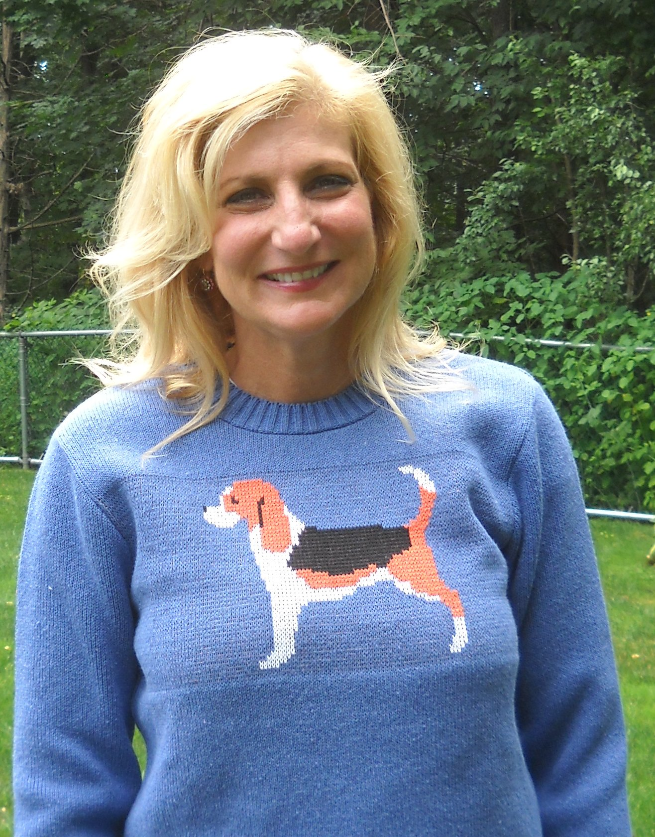 Beagle sweater